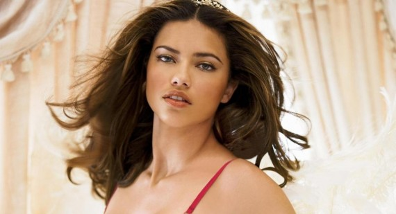 Adriana Lima reveals her diet and fitness tips