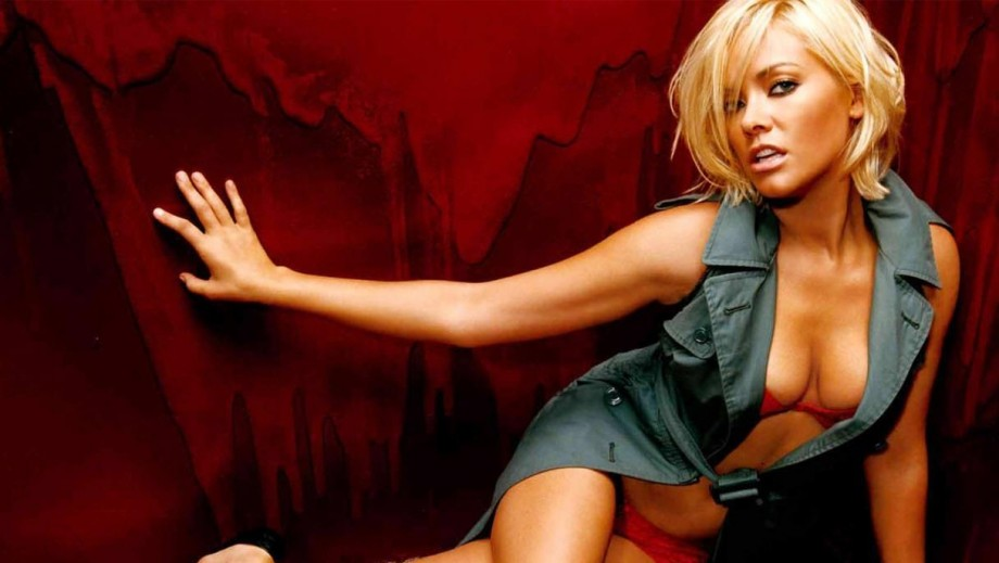 Actress Kristanna Loken's old Childhood home has burned Down