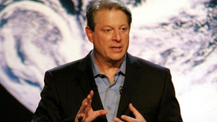 Al Gore continues to advocate awareness of global warming