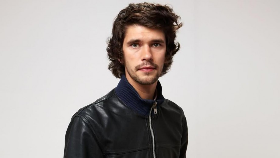 Bond star Ben Whishaw reveals challenge of coming out 'with dignity'