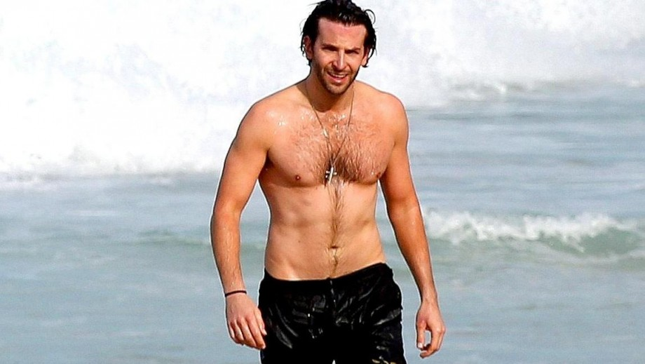 Bradley Cooper reveals how he bulked up for new movie American Sniper