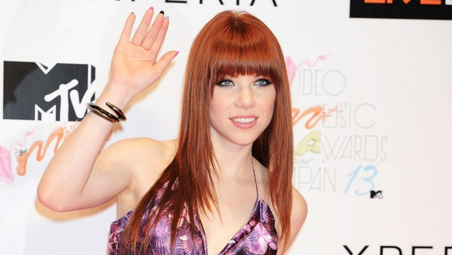 "Carly Rae Jepsen's 'X-Factor"" Judge rumours hint to new album being big success"