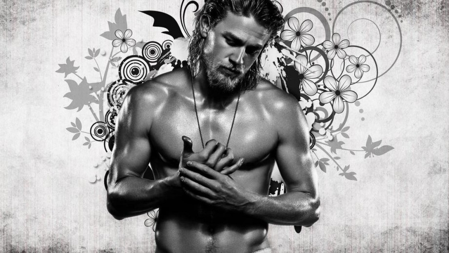 Charlie Hunnam to beat Jamie Dornan to King Arthur role in new Guy Ricthie movie