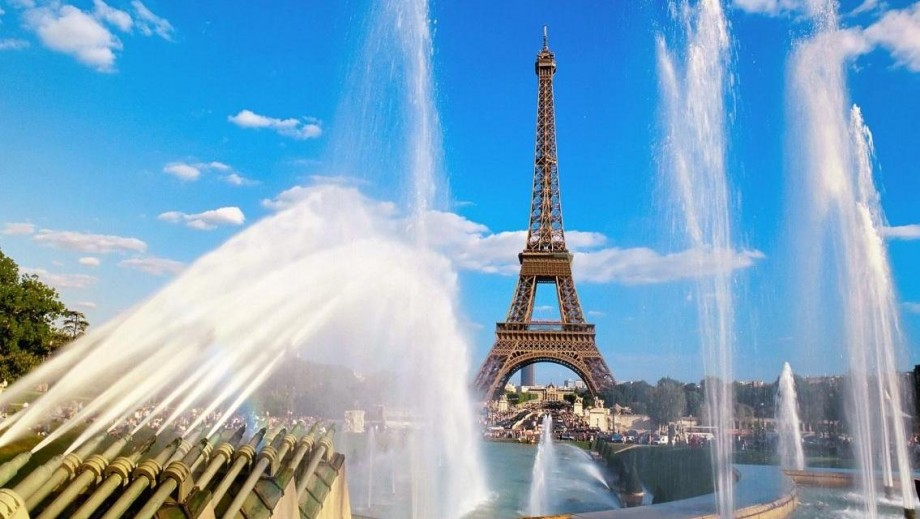 Closer Look: The Eiffel Towers role in Movies