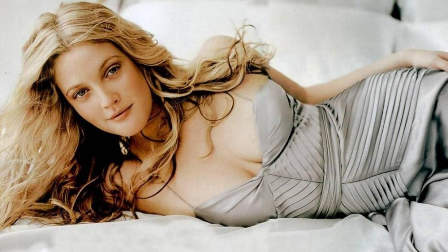 Drew Barrymore opens up about her pregnancy