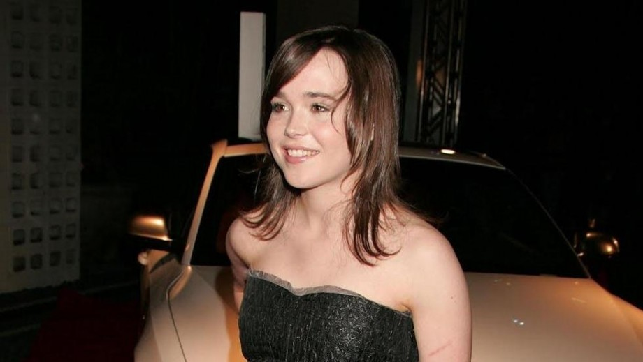 """Ellen Page gets own spy franchise with """"Queen & Country"""""""