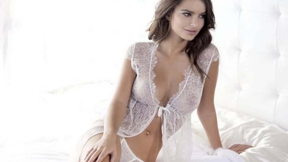 Emily Ratajkowski to land a comic book movie role in the future?