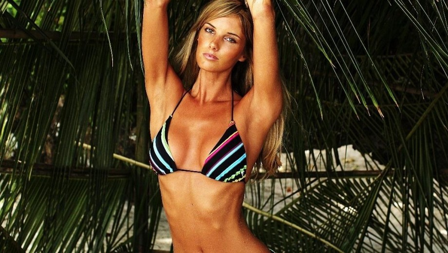 Girl of the Day: South African model Megan McKenzie
