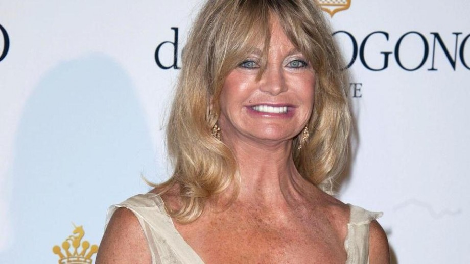 Goldie Hawn Oscars 2014 appearance gets mixed reactions