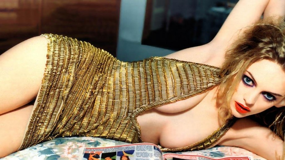 Heather Graham has a small supporting role in 'Horns'