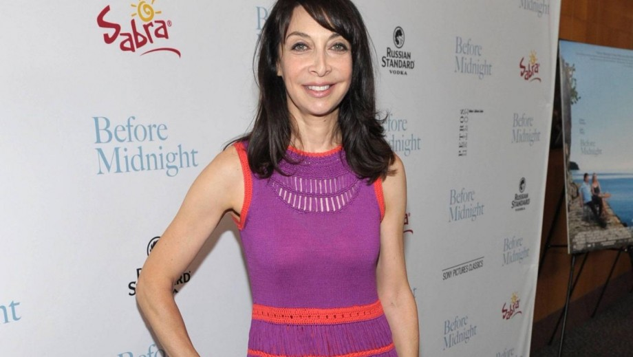 Illeana Douglas opens up about her very busy career