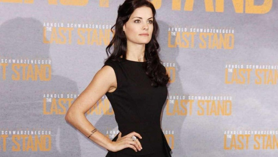 Jaimie Alexander opens up about her revealing dress