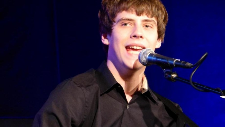 Jake Bugg slams Britney Spears entourage
