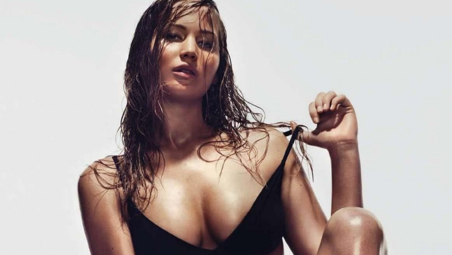 Jennifer Lawrence reveals embarrassment at being sick in front of Miley Cyrus