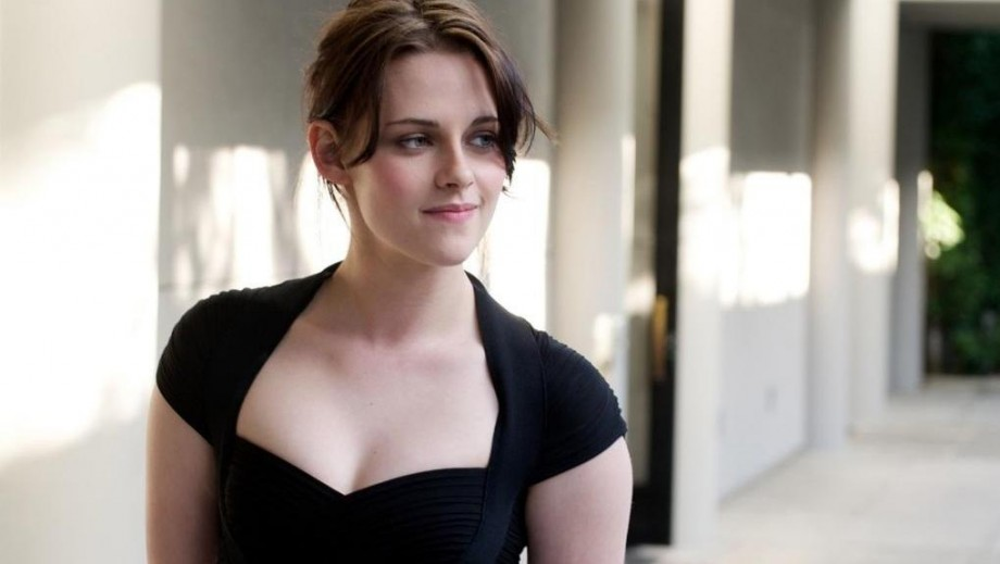 Kristen Stewart discusses the theme of new movie Camp X-Ray