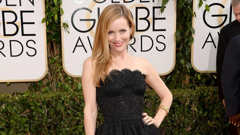 """Leslie Mann's dropping of """"Bad Moms project an inkling of box-office bomb?"""