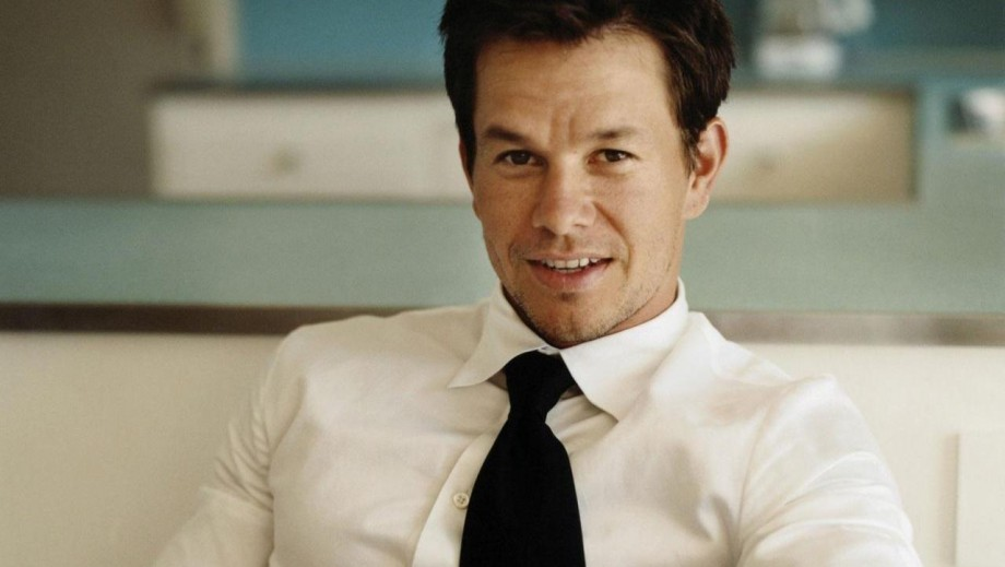 Mark Wahlberg wants you to know that Wahlburgers is different from The Kardashians