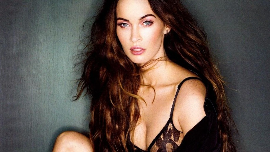 Megan Fox joined by Bebop and Rocksteady in Teenage Mutant Ninja Turtles 2