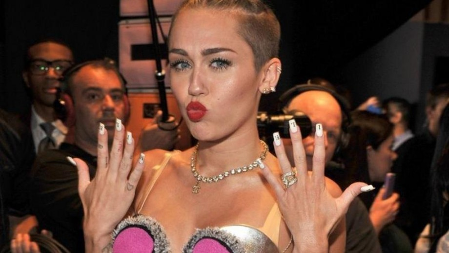 Miley Cyrus opens up about sexuality and relationships