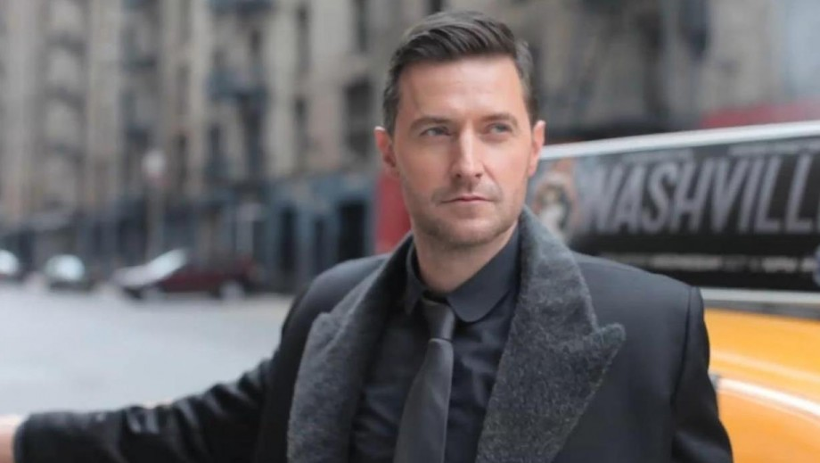 "Richard Armitage earns praise for 'standout acting' in ""Into the Storm"""