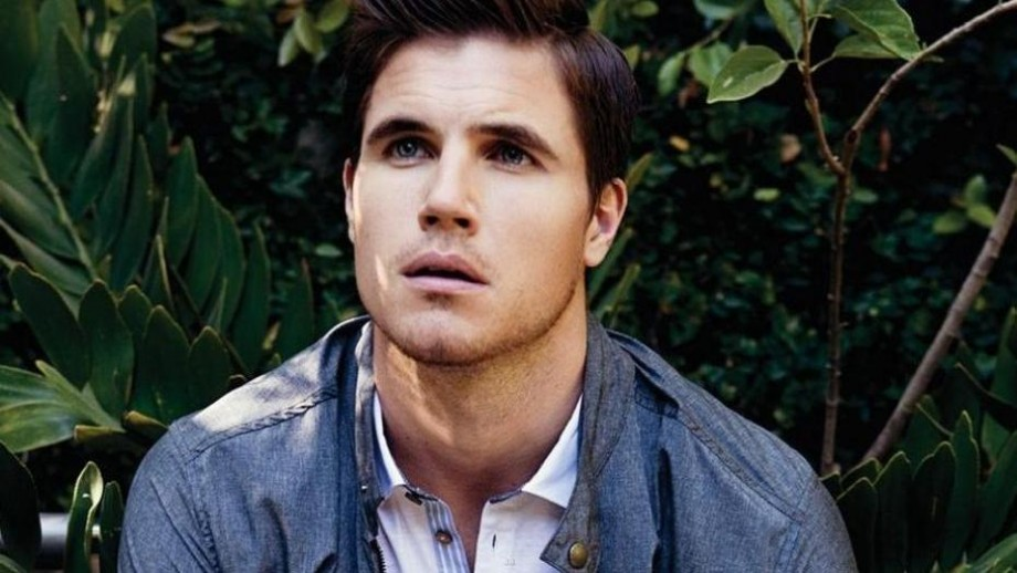Robbie Amell opens up about The Tomorrow People getting full season