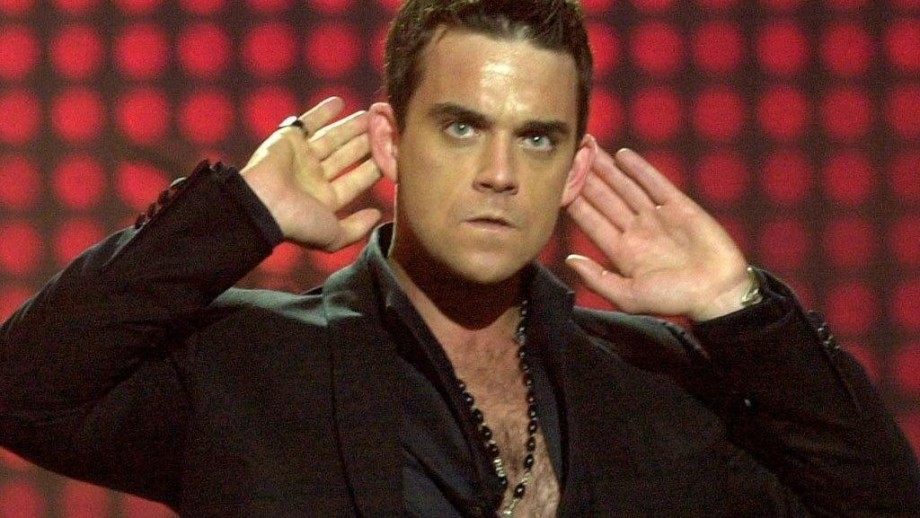 Robbie Williams regrets giving away awards