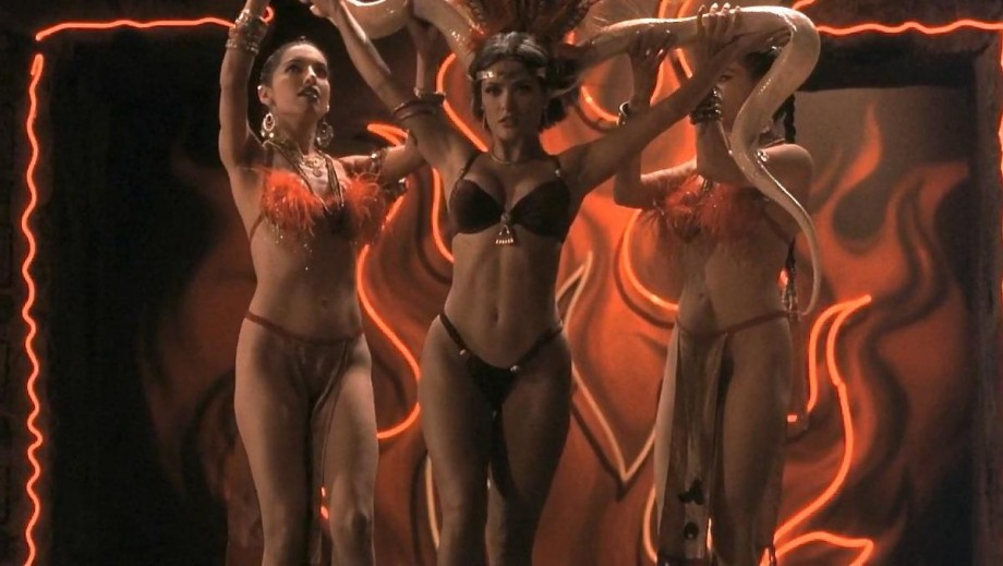 Salma Hayek table dance scene to appear in From Dusk Till Dawn: The Series?