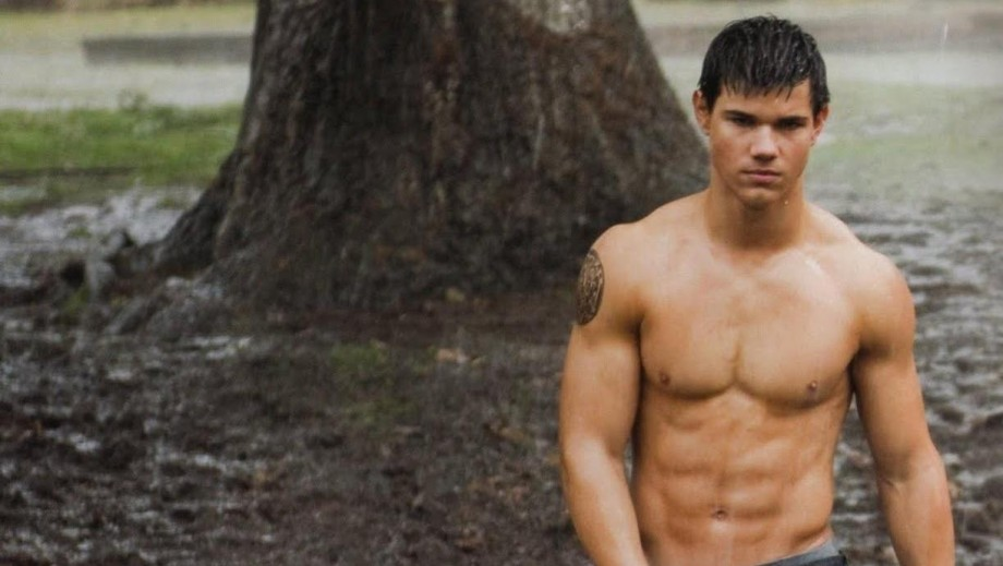 Taylor Lautner beginning to up his game post-Twilight