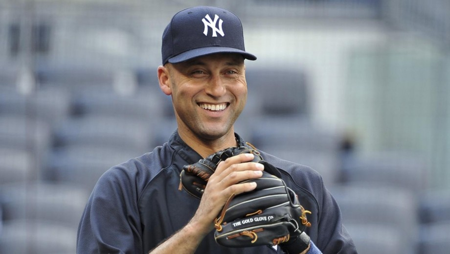 """Will Derek Jeter finally hang up his """"player"""" card in 2014?"""