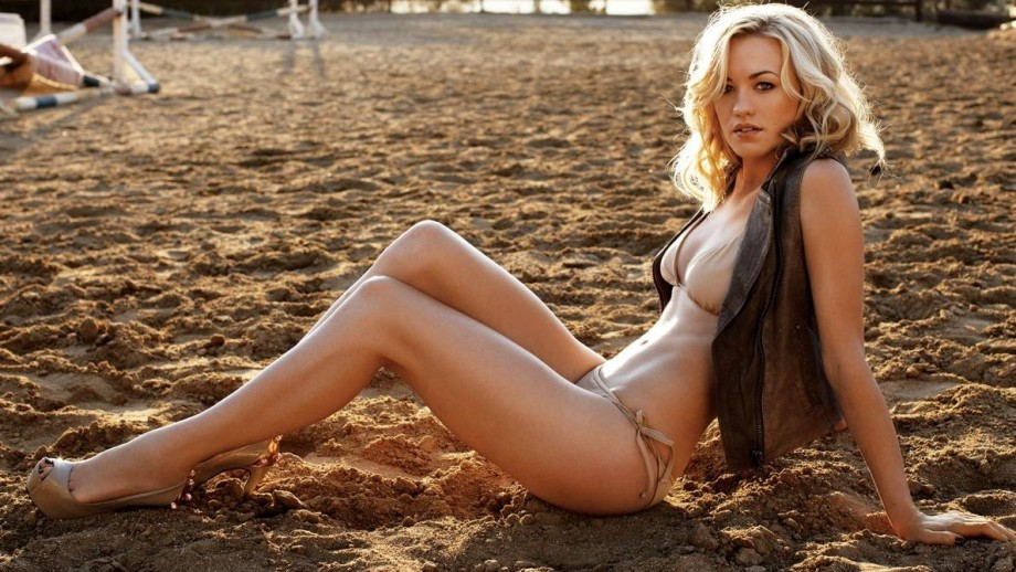 Yvonne Strahovski showing her range and diversity with new projects