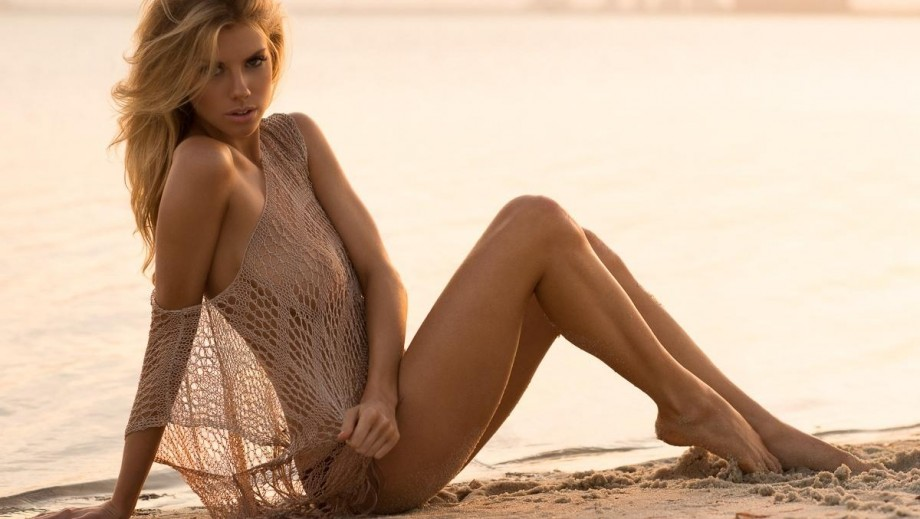 18 Charlotte McKinney pictures showing she is more than just the new Kate Upton