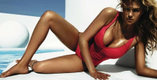 16 times Kate Upton has proved she is the sexiest woman alive