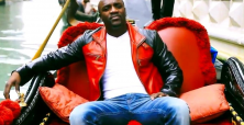 Akon opens himself up for ridicule with Ferrari repossession