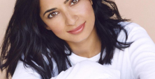 Can Aarti Mann link Hollywood and the lucrative East Indian market