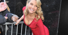 Christie Brinkley's gorgeous 'look' in Barney's ad a win for mature women