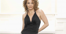 Dina Meyer shifts focus to movies with