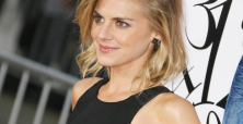 Eliza Coupe surprises fans with news of Christmas Eve wedding