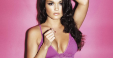 India Reynolds' racy modeling photos increase growing populairty with fans