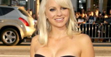 Is Anna Faris' marriage & image crumbling because of spouse's rude behaviour?