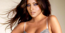 Is Riya Sen's acting subject to unfair criticism because of her beauty?