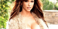 Jennifer Love Hewitt chooses motherhood over