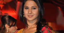 Jennifer Winget deals quietly with rumours about marriage & tv show