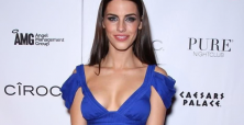 Jessica Lowndes' Vitamin A bikini pics bring attention to
