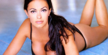 Maria Grazia Cucinotta to heat up rom-com movie