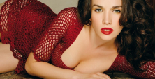 Natalia Oreiro all the rage in Russia thanks to her sensational concert tour