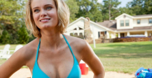Sara Paxton takes the dare in