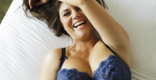 Tiffani Thiessen talks Saved by the Bell looks she would wear in 2014