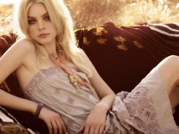 Jessica Stam captivates fashion fans with EDIT cover & Jamie Hince rumours