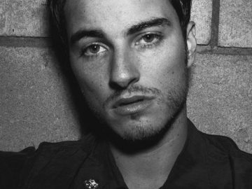 Kerr Smith resurfaces as acting star with superb performance in 'The Fosters'