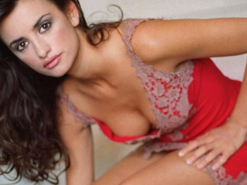 Male fans are hoping Penelope Cruz will be the next James Bond girl